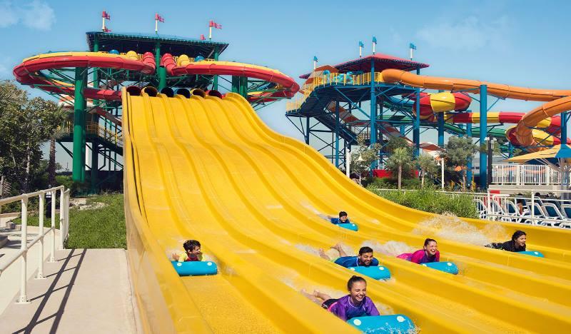 Леголенд является частью крупного отеля Dubai Parks and Resorts